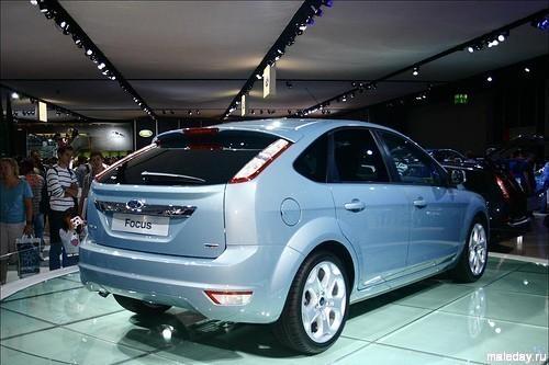 Ford Focus 2010, вид сзади
